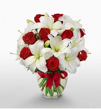 Kars çiçek mağazası , çiçekçi adresleri  1 dal kazablanka 11 adet kırmızı gül vazosu