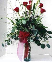 Kars güvenli kaliteli hızlı çiçek  7 adet gül özel bir tanzim