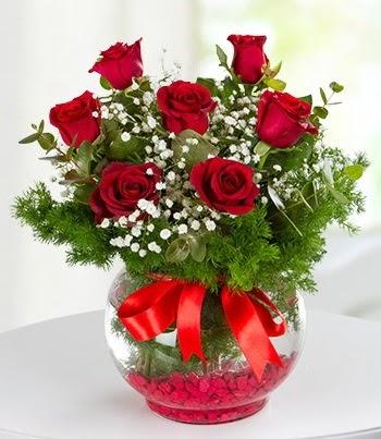 fanus Vazoda 7 Gül  Kars çiçek online çiçek siparişi