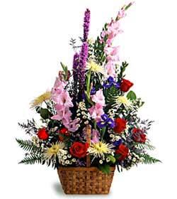 Kars çiçek gönderme  mevsim çiçek aranjmani