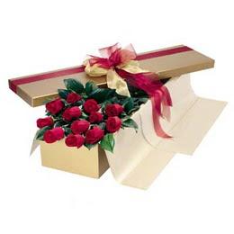 Kars çiçek gönderme  10 adet kutu özel kutu