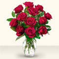 Kars uluslararası çiçek gönderme  10 adet gül cam yada mika vazo da