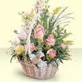 Kars çiçek satışı  sepette pembe güller
