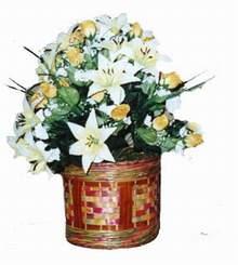 yapay karisik çiçek sepeti   Kars çiçek gönderme