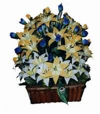 yapay karisik çiçek sepeti   Kars 14 şubat sevgililer günü çiçek