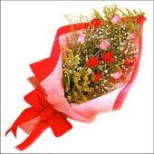 12 adet renkli  gül buketi   Kars kaliteli taze ve ucuz çiçekler