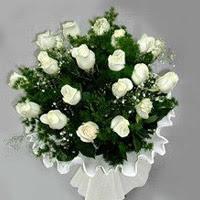 Kars çiçek mağazası , çiçekçi adresleri  11 adet beyaz gül buketi ve bembeyaz amnbalaj