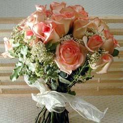 12 adet sonya gül buketi    Kars 14 şubat sevgililer günü çiçek