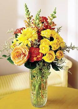 Kars çiçek satışı  mika yada cam içerisinde karisik mevsim çiçekleri