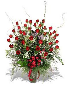 Kars güvenli kaliteli hızlı çiçek  33 adet kirmizi gül vazo içerisinde