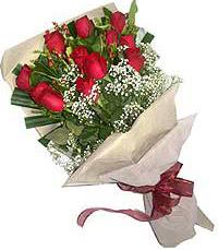 11 adet kirmizi güllerden özel buket  Kars çiçek yolla , çiçek gönder , çiçekçi
