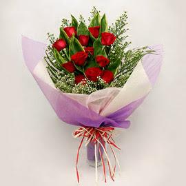 çiçekçi dükkanindan 11 adet gül buket  Kars kaliteli taze ve ucuz çiçekler