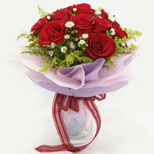 Çiçek gönderme estetikliginiz 11 gül buket  Kars kaliteli taze ve ucuz çiçekler