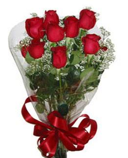Çiçek sade gül buketi 7 güllü buket  Kars çiçek gönderme sitemiz güvenlidir