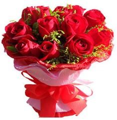 9 adet kirmizi güllerden kipkirmizi buket  Kars online çiçekçi , çiçek siparişi
