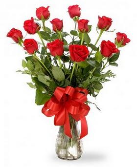 Kars çiçek online çiçek siparişi  12 adet kırmızı güllerden vazo tanzimi