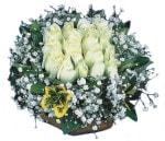 Kars online çiçekçi , çiçek siparişi  Beyaz harika bir gül sepeti