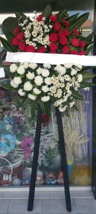 Cenaze çiçeği cenaze çiçek modelleri  Kars güvenli kaliteli hızlı çiçek
