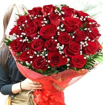 Kız isteme çiçeği buketi 33 adet kırmızı gül  Kars cicekciler , cicek siparisi