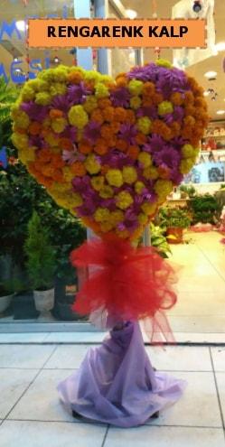 Ankara mevsim çiçeklerinden kalp perförje  Kars anneler günü çiçek yolla
