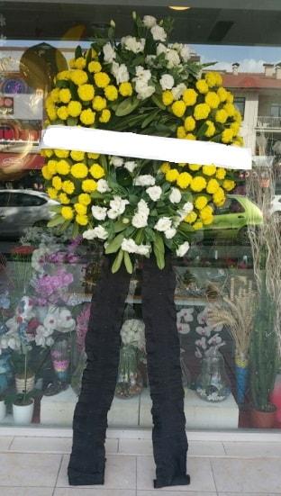 Cenaze çiçek modeli cenaze çiçeği  Kars anneler günü çiçek yolla