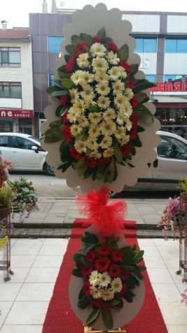 Çift katlı düğün açılış çiçeği  Kars hediye sevgilime hediye çiçek