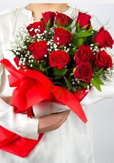 Aşk Gülleri 11 Adet kırmızı gül buketi  Kars anneler günü çiçek yolla