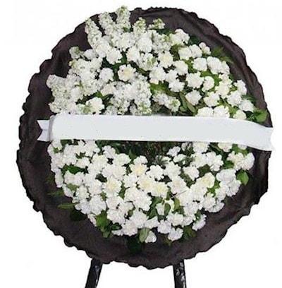 Cenaze çelengi çiçeği modelleri  Kars yurtiçi ve yurtdışı çiçek siparişi