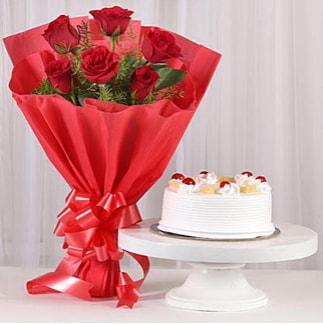 6 Kırmızı gül ve 4 kişilik yaş pasta  Kars çiçek online çiçek siparişi